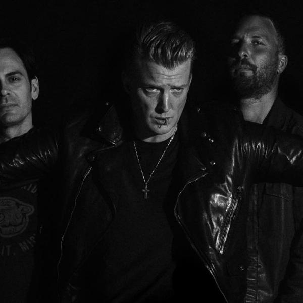 "Queens of the Stone Age представили новый трек ""The Evil Has Landed"""