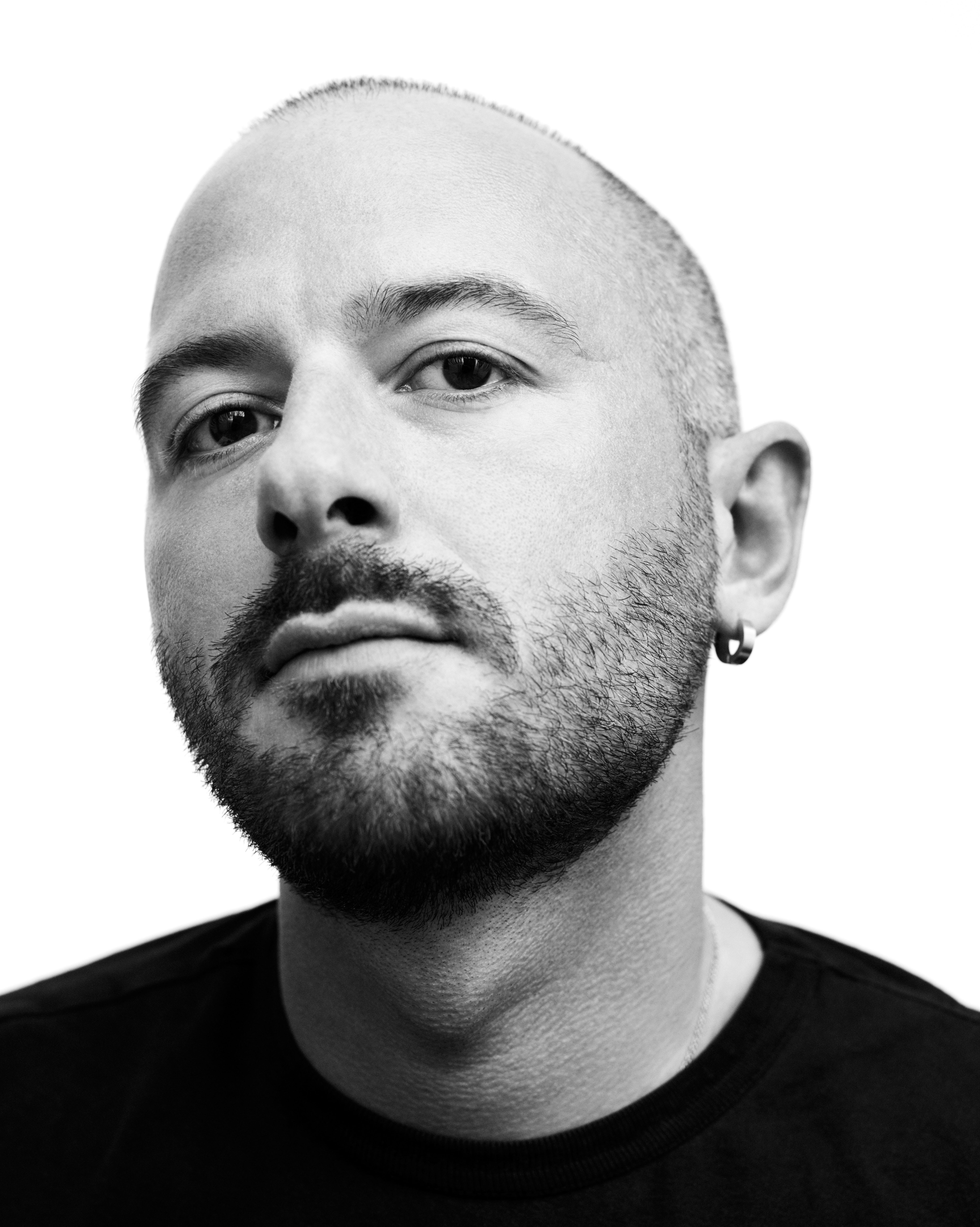 Главный дизайнер баленсиага работа по веб камере моделью в барыш