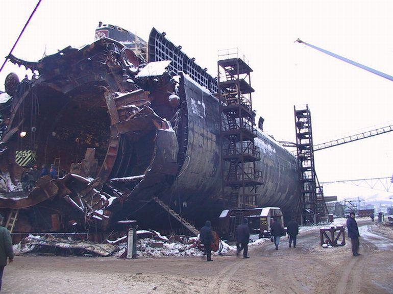 гибель атомной подводной лодки к-141 курск