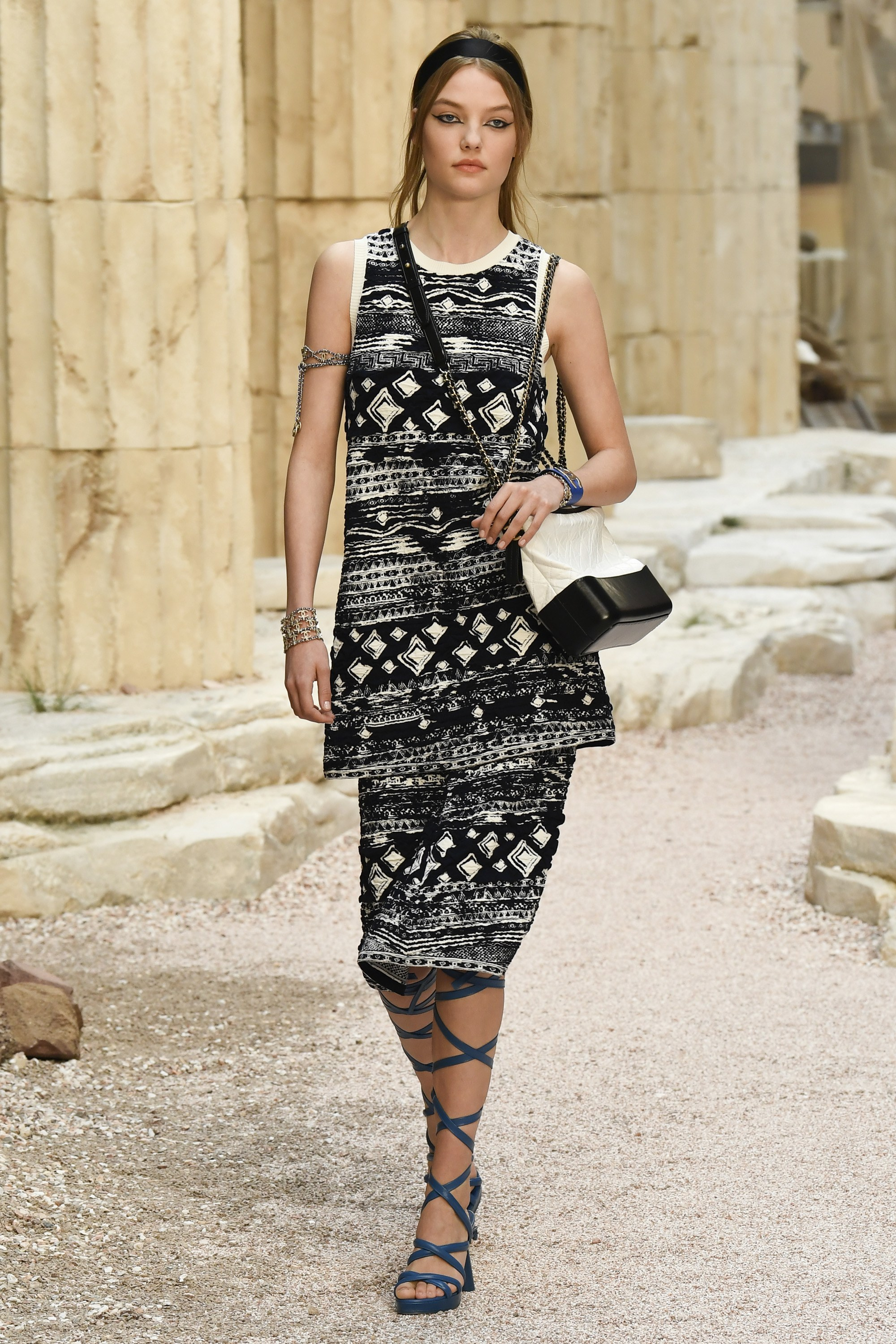 показ Chanel Resort 2018