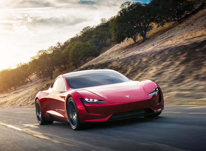 Tesla Roadster получит специальный пакет для поднятия динамики