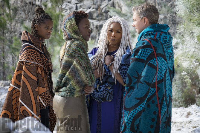black-panther-letitia-wright-lupita-nyongo-angela-bassett-martin-freeman