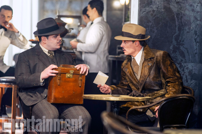 murder-on-the-orient-express-josh-gad-johnny-depp