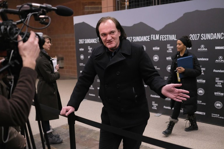 Зановый фильм Тарантино сражаются несколько киностудий