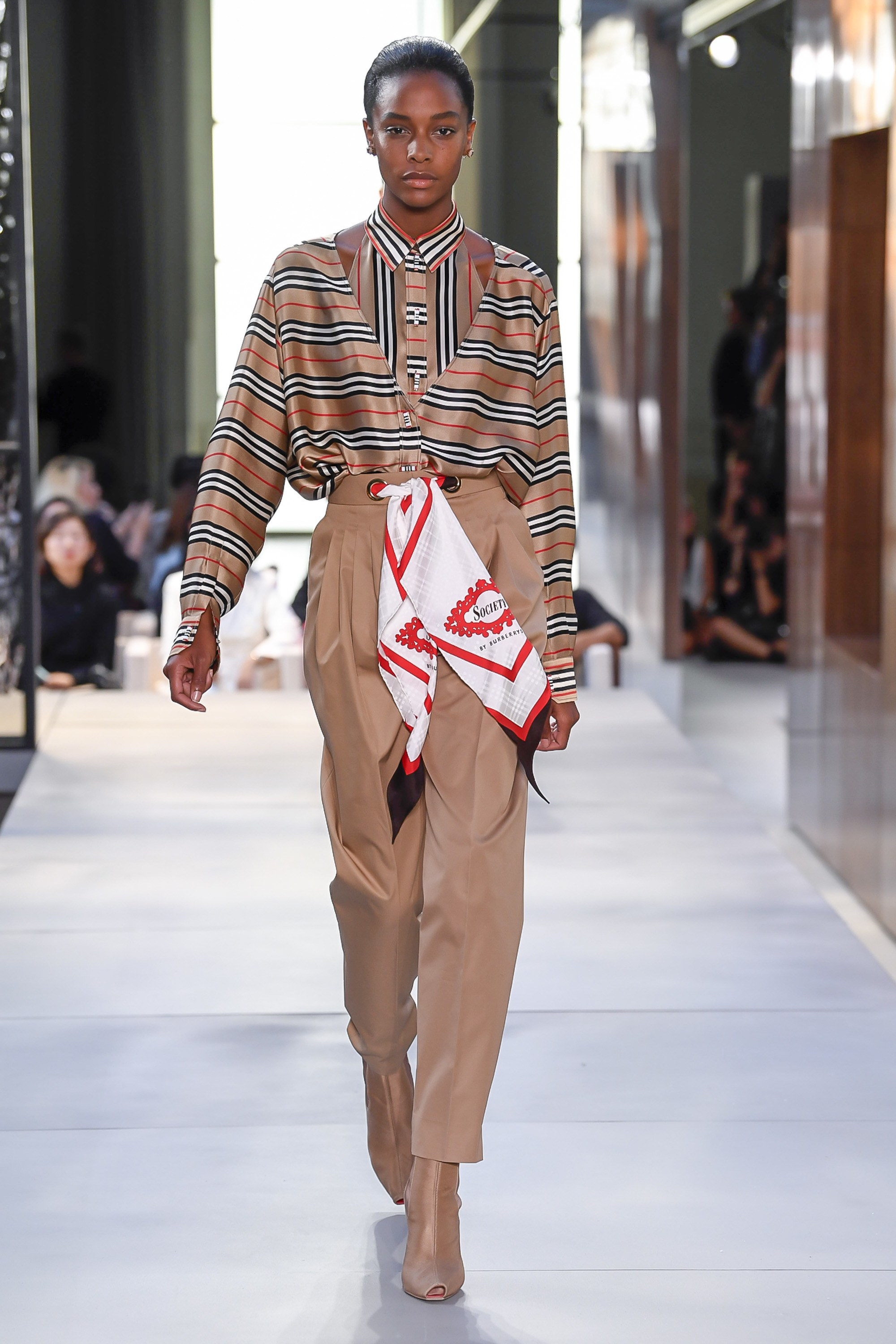 Burberry ready-to-wear Spring-2019